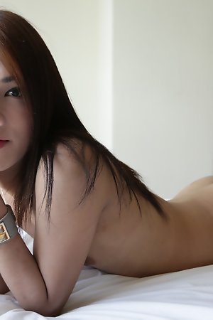 20yo Thai newhalf sucked off white cock and gets fucked in her tight ass