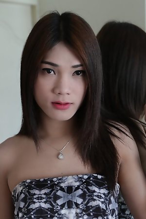 20 year old Sexy Thai ladyboy sucks the cock of her white tourist friend