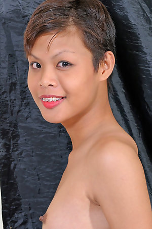 Natural tits Ladyboy Tunch