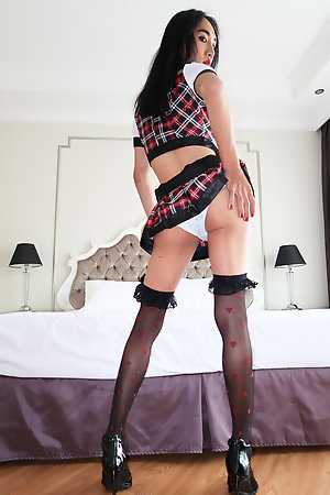 Schoolgirl Om is rockhard while being barebacked by Jonelle Brooks and a POV guy!